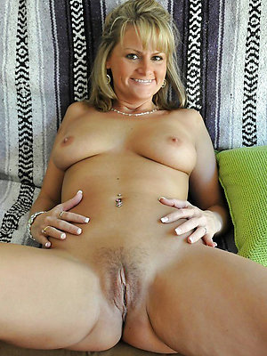 ugly full-grown milf amateur