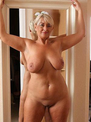 super-sexy mature milf inexpert pics
