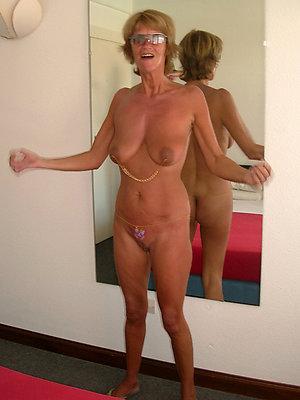 naughty mature nude amateurs pics