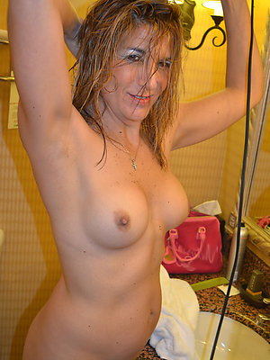 homemade amateur mature moms pictures