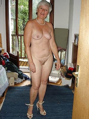 unconforming amateur mature sex pics