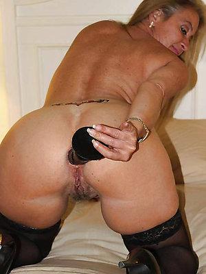 wonderful mature women anal sex