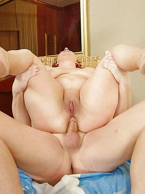 xxx mature anal porn photo