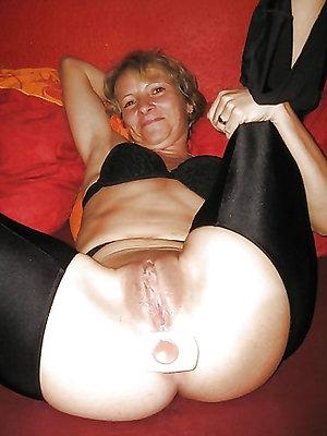 free pics of mature amature anal