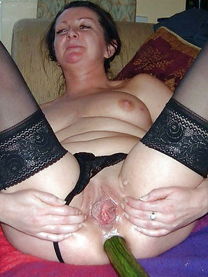 tasteless mature anal porn pics