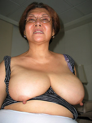 beauties mature asian nude pics