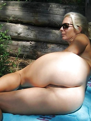 naked mature ass love porn