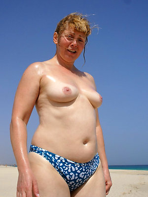 nude full-grown beach stripped