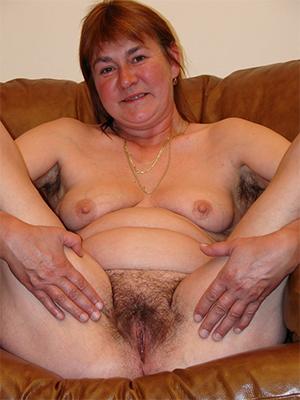 fantastic big tits mature pics