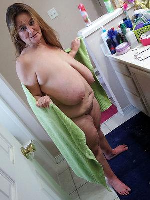 slutty big saggy mature tits pics