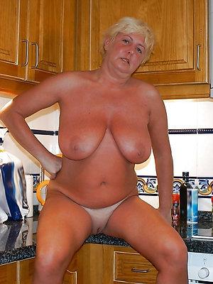 amateur mature big tits love porn