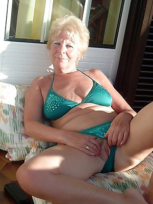 slutty sexy full-grown bikini