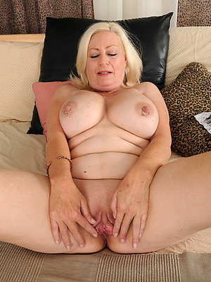 nasty mature blonde milfs