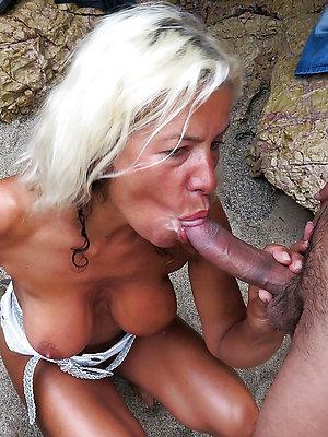xxx free of age women blowjobs pics
