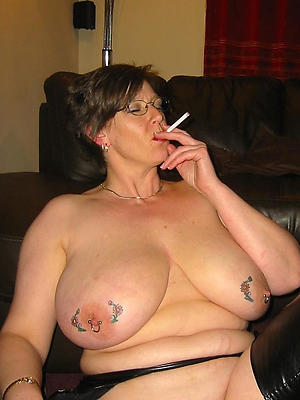 free pics of tattoo mature porn photos