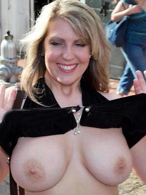 beauties nice mature tits