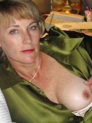 hotties grown-up women titties