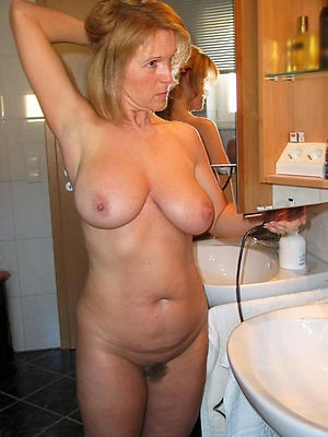 porn pics of natural mature tits
