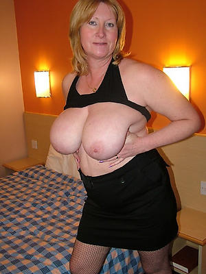 naughty matured big tit pics