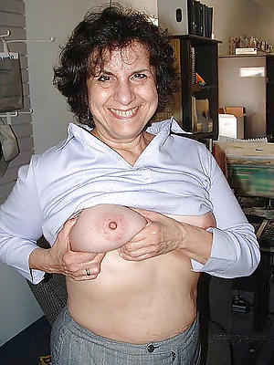 slutty mature chunky tits pics