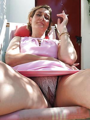 private mature woman upskirt
