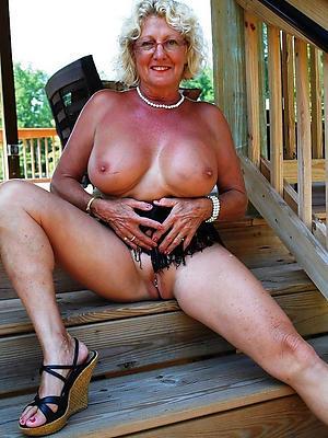 nude matured wife defoliated
