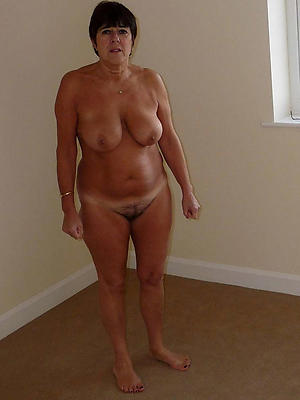 curvy mature spliced tits pictures