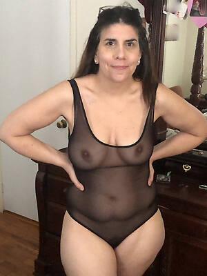 erotic non nude of age pics