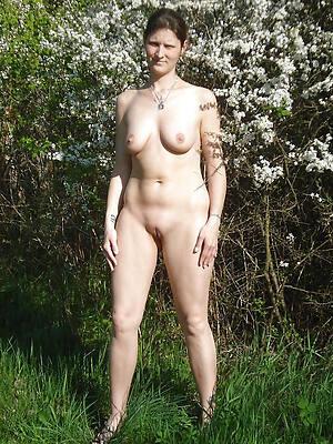 mature nude females high def porn