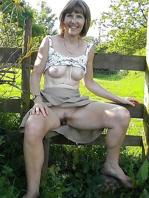 older mature women pictures