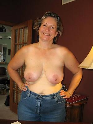 petite nice mature jeans pics