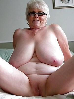 old mature women unpaid porn pics