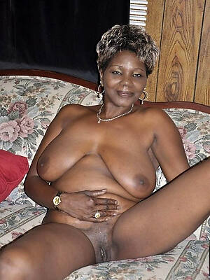 barren pics of mature black pussy