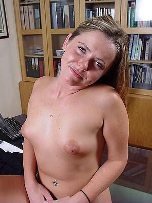 nude mature pithy tits sex pics
