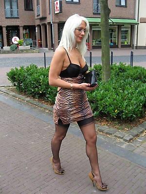 non unclad sexy women amateur porn pics