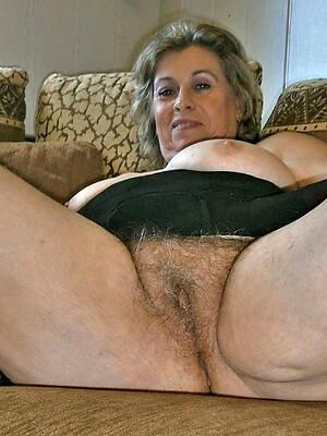 beautiful unshaved mature pussy hot pics