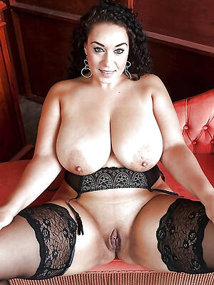 busty big saggy mature tits