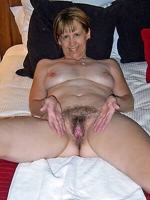 sexy real unshaved mature pussy pics