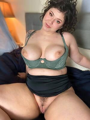 hot sexy nude milfs