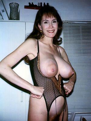 busty sexy mature women galleries