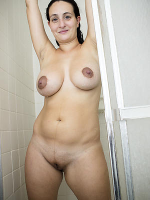nasty mature mother toute seule pictres