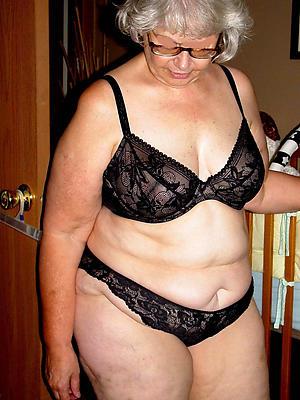 mature older women stripped