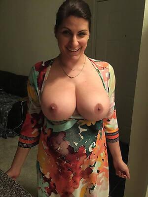 hot sexy mature moms milfs