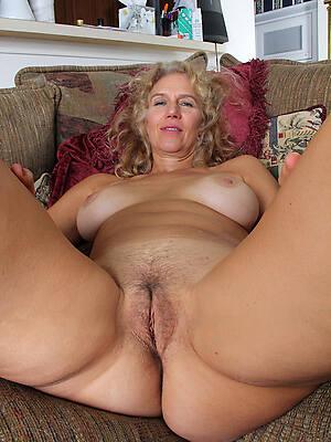 horny hot mature gentry