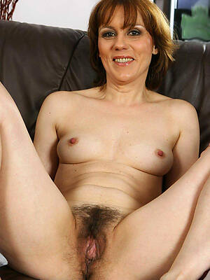 petite nude unshaved mature pussy photo