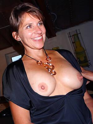 horny mature mom pic