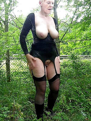 grown up sex granny pictures