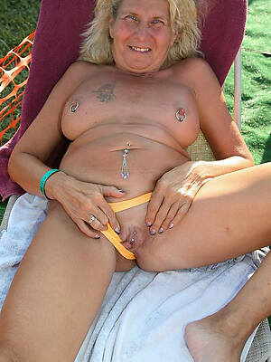 gorgeous old women nude pics