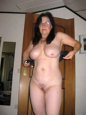 amateur porn pic of older mature milf