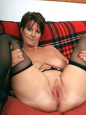 crazy X-rated mature vagina pics